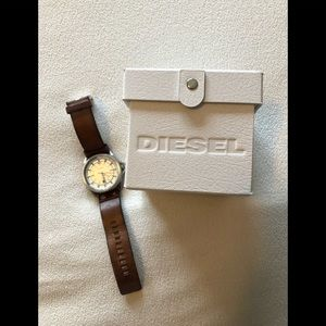 Authentic Diesel watch in box designer as shown